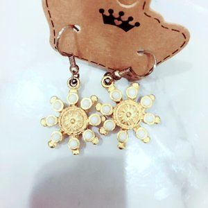 Ivory and Gold Tone Snowflake Earrings